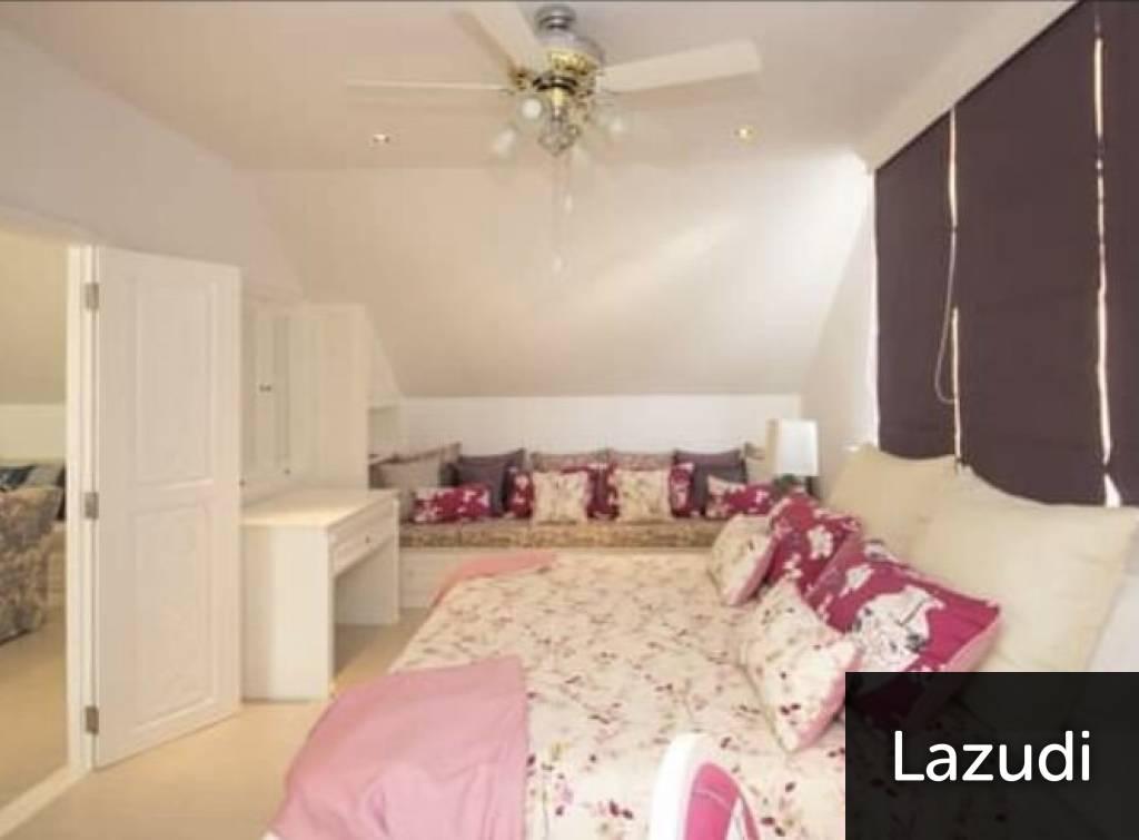 Luxury Designer 4 Bed Vila beside the Beach
