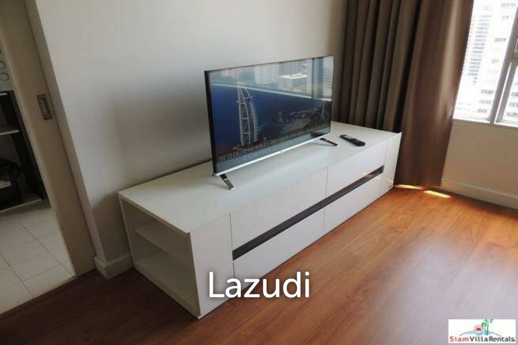 One Condo Sukhumvit 26   Large One Bedroom Condo for Sale on the Top Floor
