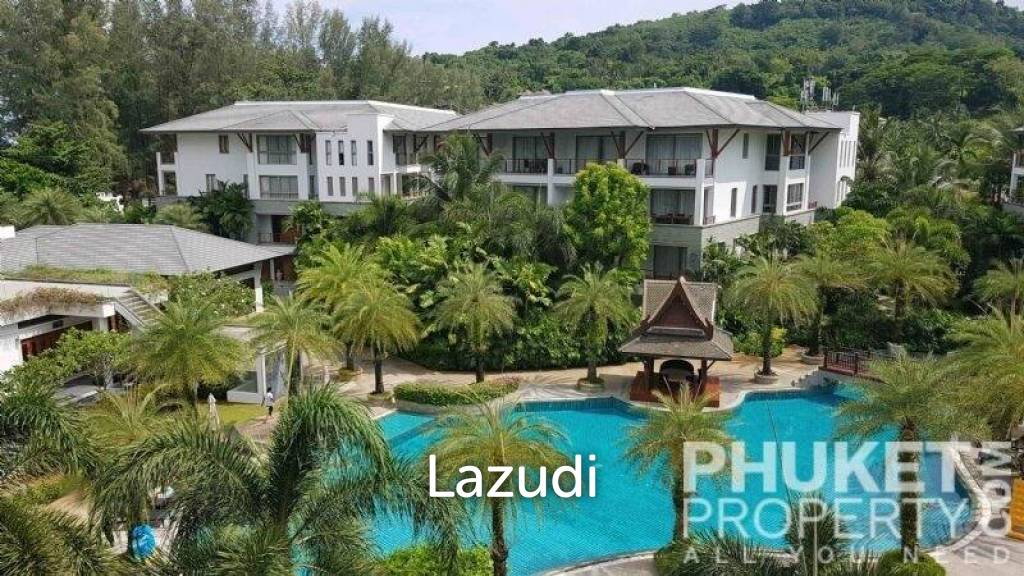 Naithon; 3 Bed Penthouse by the Beach