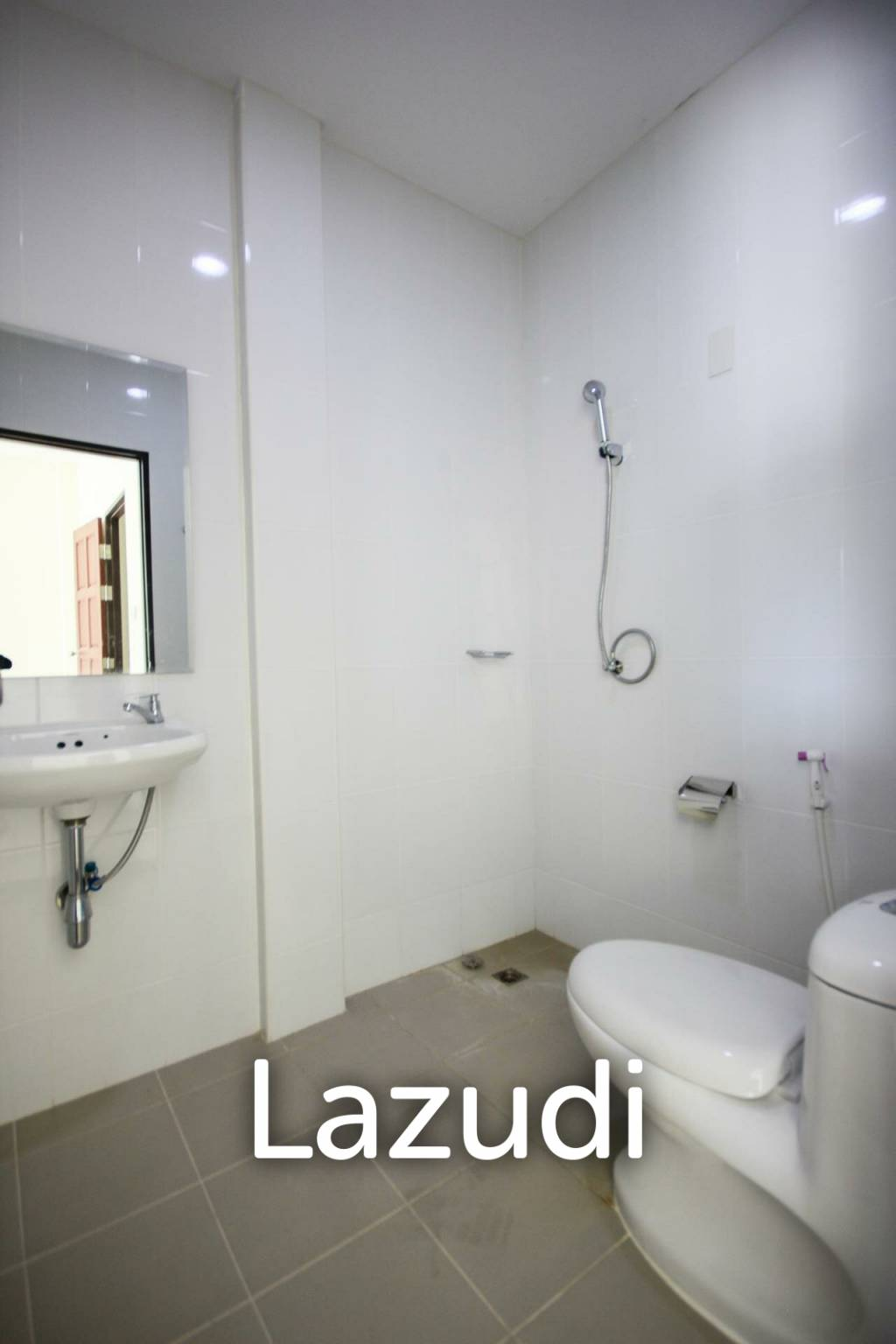 Two Bedroom Townhouse For Sale - Hua Hin Soi 88