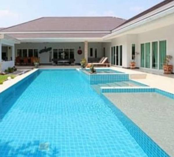 PALM VILLAS : Great Design 5 bed pool Villa (Finance Available)