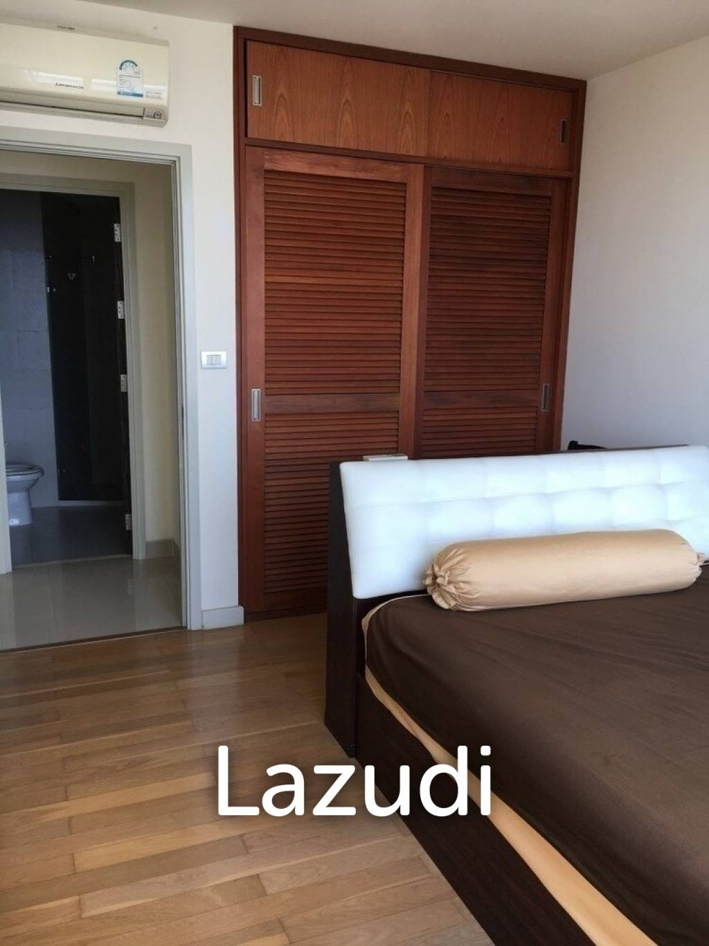 2 bed 100 sqm Watermark Chaophraya For Sale and Rent
