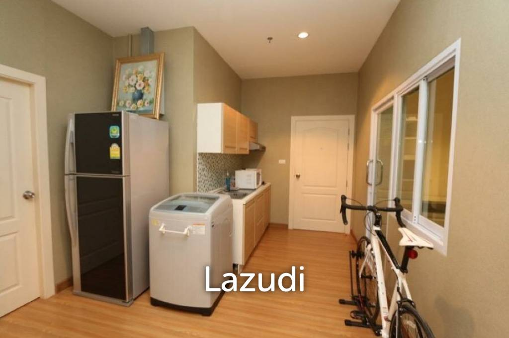 A 3 bedroom condo for sale : Touch Hill Place