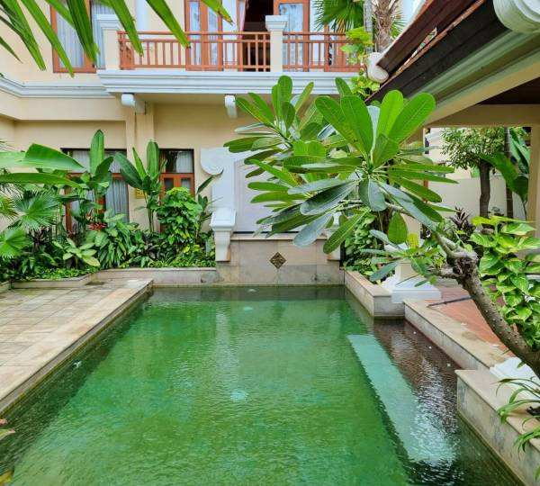 Classic pool villa walking distance near Na Jomtien beach for SALE