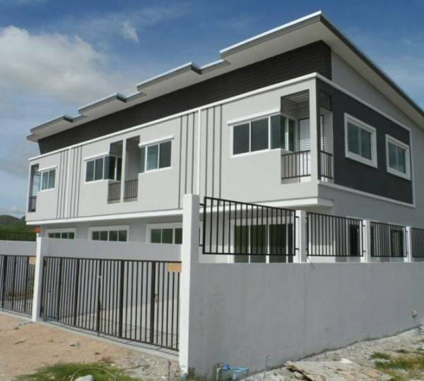 Modern Townhome 2 Storey in Hua Hin