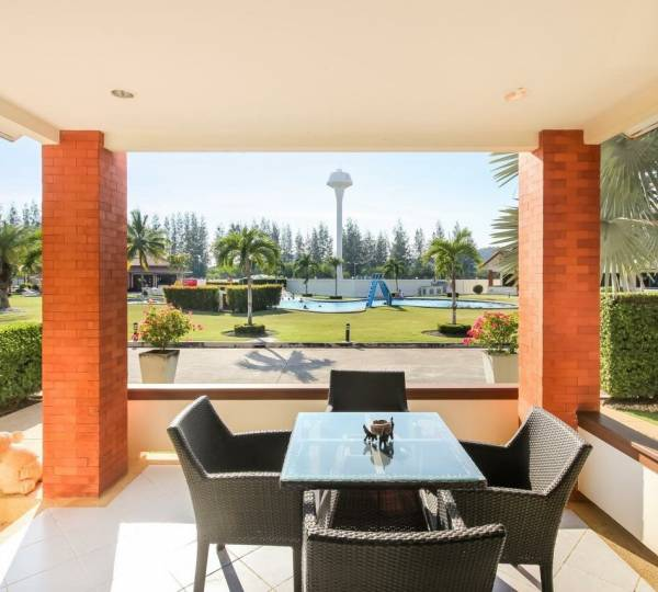 Excellent value house for sale in a secure resort