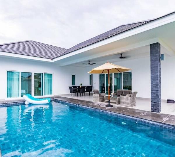 ARIA : Luxury 3 bed pool villa